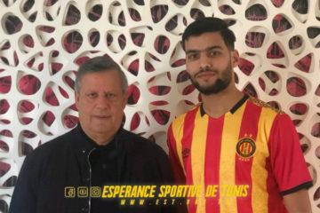 Qui est Mohamed Amine Tougai, le jeune défenseur algérien qui a rejoint l'Espérance de Tunis ?