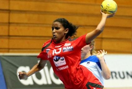 Handball : Amal Hamrouni  «C'est le bon moment pour moi de partir en Europe..»