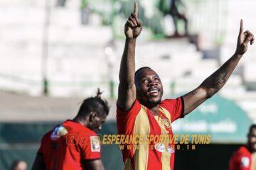 Football, LP1 : L'Espérance creuse l'écart en tête..