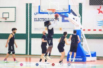 Basketball, Pro A : la Jeunesse Sportive Kairouanaise au terme du OT, l'Union Sportive de Monastir avec sérieux