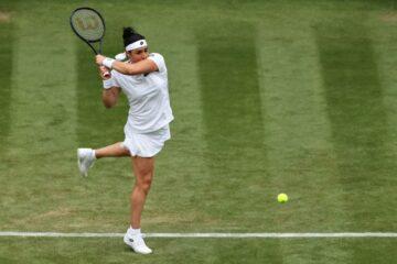 Tennis, Wimbledon : Ons Jabeur s'offre une victoire de prestige contre Venus Williams